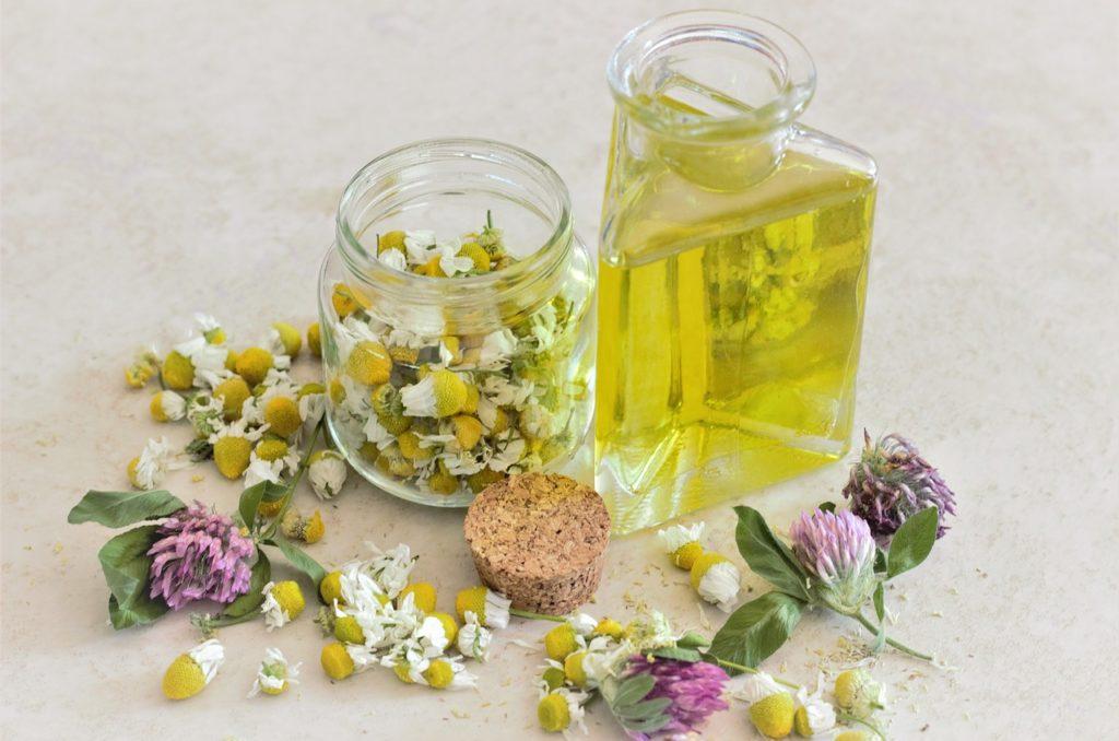 créer ses synergies d'huiles essentielles